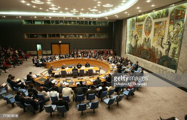 General view of a UN Security Council meeting on Myanmar at the United Nations, in New York, 05 October 2007. UN emissary to Myanmar Ibrahim Gambari...