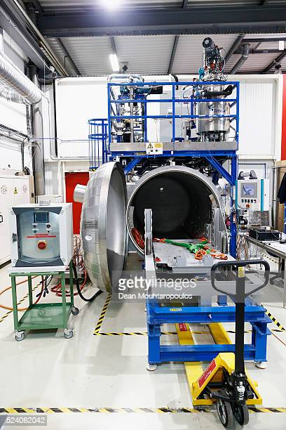 A general view of a vacuum chamber used for molding in New Technologies for Future Magnets Building 927 at The European Organization for Nuclear...