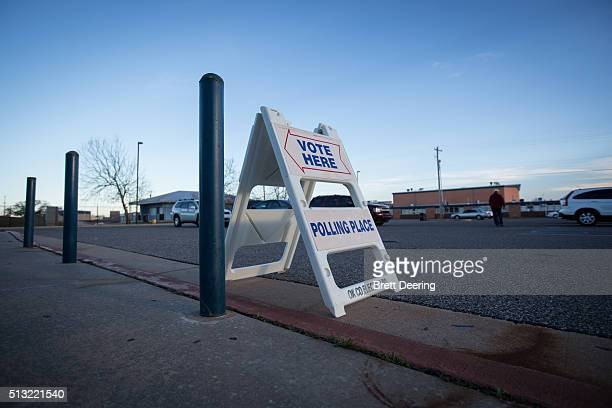 General view of a voting sign outside the Millwood High School Field House on Super Tuesday March 1 2016 in Oklahoma City Oklahoma voters head to the...