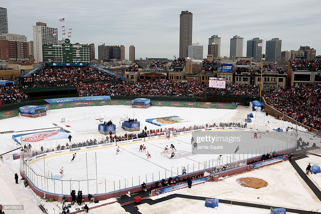 Winter Classic: Detroit Red Wings v Chicago Blackhawks : News Photo
