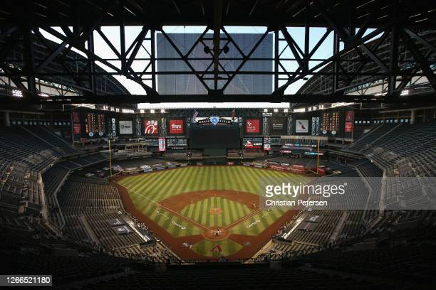 General view of action between the San Diego Padres and the Arizona Diamondbacks during the sixth inning of the MLB game at Chase Field on August 15,...