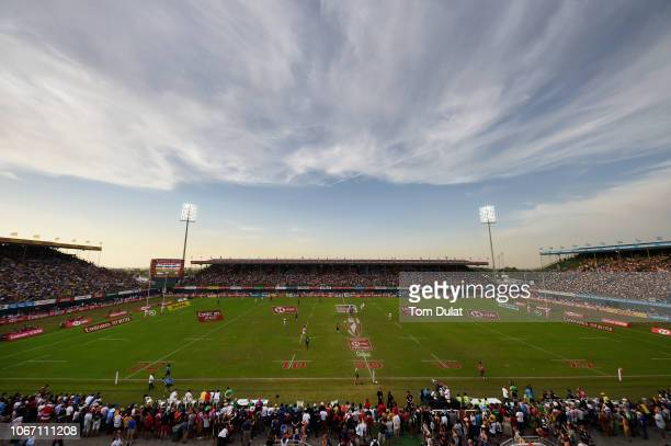 General view of action during the HSBC World Rugby Sevens Series 2019 Men's Cup Semi Final match between England and New Zealand on Day Three of the...