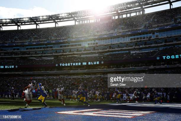 General view of action during the second half between the Los Angeles Rams and the New York Giants at MetLife Stadium on October 17, 2021 in East...