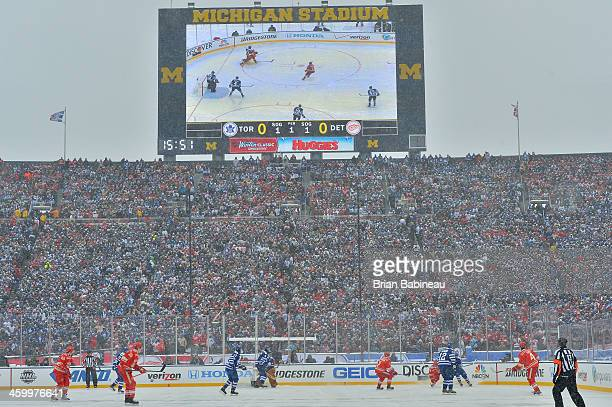 General view of action in the first period between the Toronto Maple Leafs and the Detroit Red Wings during the 2014 Bridgestone NHL Winter Classic...