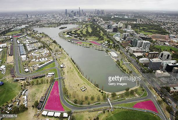 A general view of Albert Park during day four of the 2006 FORMULA 1 Foster's Australian Grand Prix at Albert Park April 2 2006 in Melbourne Australia