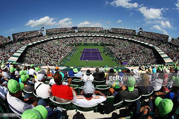 General view of Andy Murray of Great Britain against David Ferrer of Spain during the finals of the Sony Open at Crandon Park Tennis Center on March...