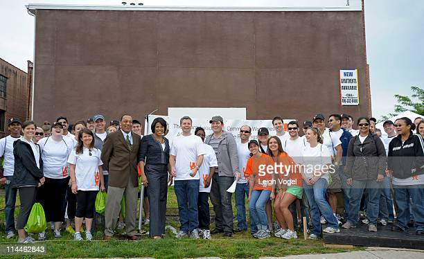 General view of AOL and advertisingcom staff before Baltimore Mayor Stephanie RawlingsBlake off AOL's 2nd Annual Monster Help Day During A Press...