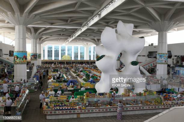 General view of Ashgabat's Gulistan central market on April 8, 2020. - Isolated Turkmenistan, which held mass aerobic exercises and a cycling event...