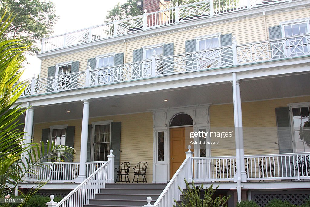 A general view of at Gracie Mansion is seen during Spoons Across America's Dinner Party Project on June 4, 2010 in New York City.