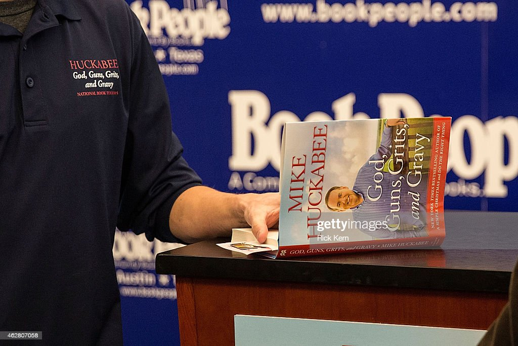 A general view of atmosphere as seen during Mike Huckabee's signing event at Book People on February 5, 2015 in Austin, Texas.