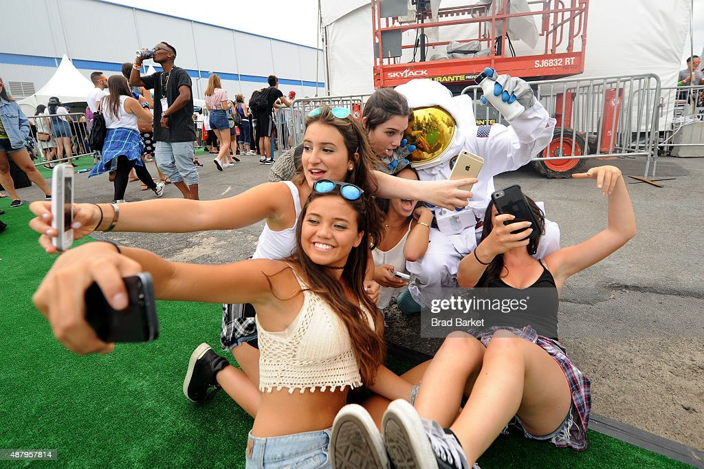 90sFEST Pop Culture And Music Festival : News Photo