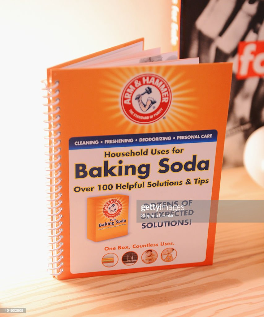 ARM & HAMMER Baking Soda Partners With Lo Bosworth To Share Her Beauty Tips And Tricks At Paintbox Salon In Soho : News Photo