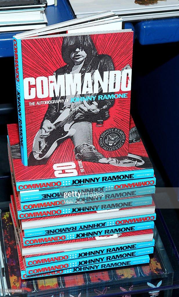 Commando: The Autobiography of Johnny Ramone downloads torrent