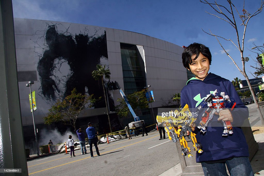 A general view of atmosphere at the Decepticon Transformer smashes through Staples Center to promote Universal Studios Hollywood's 'Transformers: The Ride 3-D' at Staples Center on April 15, 2012 in Los Angeles, California.