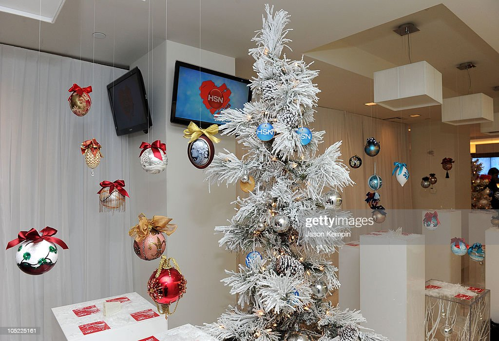 A General View Of Atmosphere At The Heart Hsn 2010 Designer Ornament News Photo Getty Images