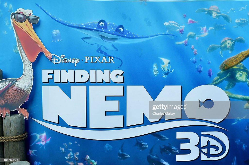 Premiere Of Disney Pixar's 'Finding Nemo' Disney Digital 3D - Red Carpet : News Photo
