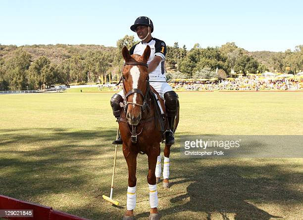 General view of atmosphere at Veuve Clicquot Polo Classic Los Angeles at Will Rogers State Historic Park on October 9, 2011 in Los Angeles,...