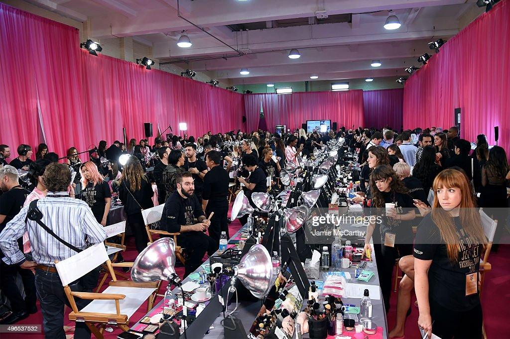 2015 Victoria's Secret Fashion Show - Hair & Make Up : News Photo