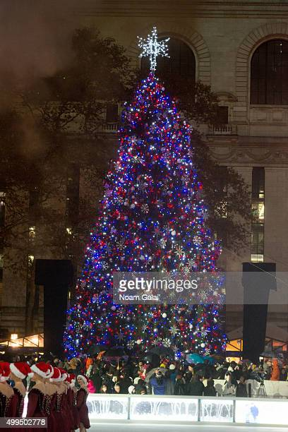 General view of atmosphere during the 2015 Bryant Park Christmas tree lighting at Bryant Park on December 1, 2015 in New York City.