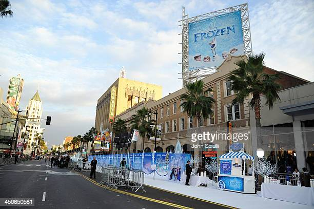 A general view of atmosphere during The World Premiere of Walt Disney Animation Studios' Frozen at El Capitan Theatre on November 19 2013 in Los...