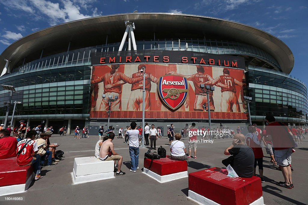 A general view of atmosphere outside Emirates Stadium prior to the Barclays Premier League match between Arsenal and Sunderland at Emirates Stadium on August 18, 2012 in London, England.