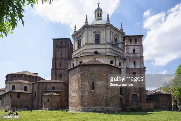 general view of basilica di san lorenzo maggiore ,milan. - emreturanphoto stock pictures, royalty-free photos & images