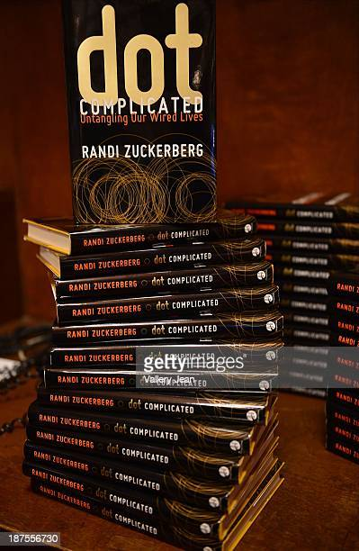 29 Randi Zuckerberg Discussing Dot Complicated At Books And