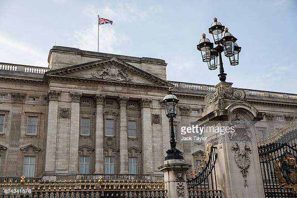 A general view of Buckingham Palace on November 19 2016 in London England The British Treasury has announced that Buckingham Palace is to undergo a...
