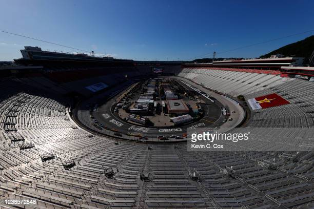 General view of cars racing during the NASCAR Cup Series Food City presents the Supermarket Heroes 500 at Bristol Motor Speedway on May 31, 2020 in...