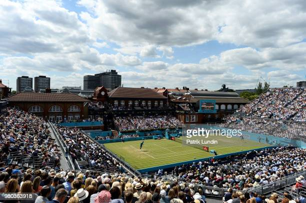 A general view of centre court during the match between Nick Kyrgios of Australia and Kyle Edmund of Great Britain during Day four of the FeverTree...