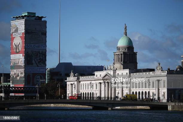 A general view of Custom House on October 23 2013 in Dublin Ireland The 18th century building is home to the Department of the Environment Community...
