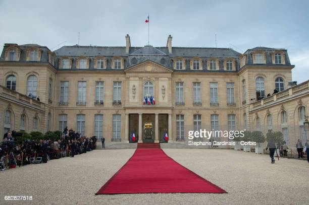 General view of Elysee Presidential Palace with the red carpet prior to the Emmanuel Macron's formal inauguration ceremony at Elysee Palace on May 14...
