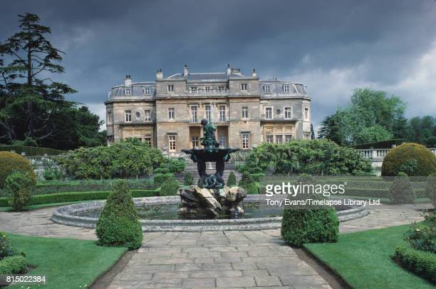 A general view of English country house and estate Luton Hoo which straddles the border between Hertfordshire and Bedfordshire 1988