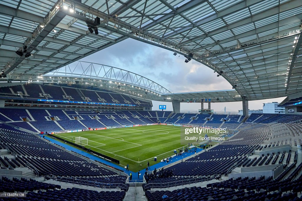 FC Porto v AS Roma - UEFA Champions League Round of 16: Second Leg : ニュース写真