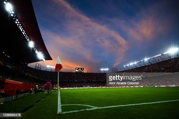 General view of Estadio Ramon Sanchez Pizjuan during the UEFA Europa League Group J match between Sevilla and Royal Standard de Liege at Estadio...
