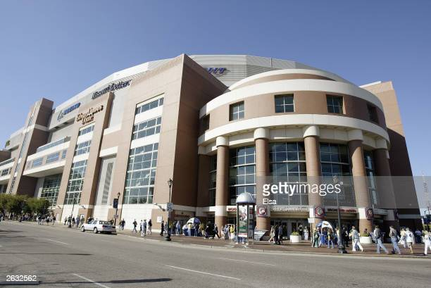 General view of fans entering Edward Jones Dome prior to the game between the St Louis Rams and the Green Bay Packers on October 19 2003 in St Louis...