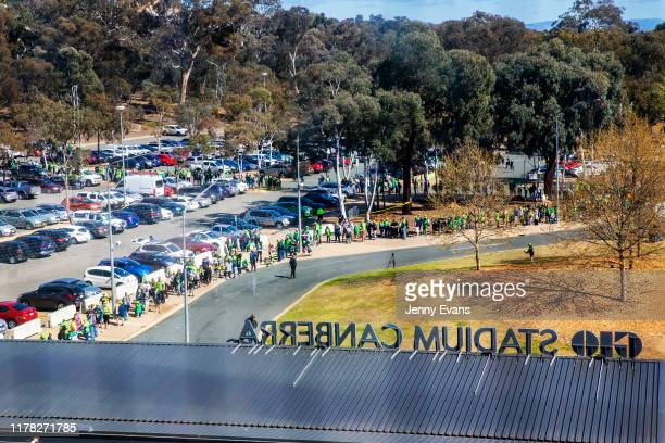 General view of fans lining up before the commencement of a Canberra Raiders Training Session & Media Opportunity at GIO Stadium on October 01, 2019...