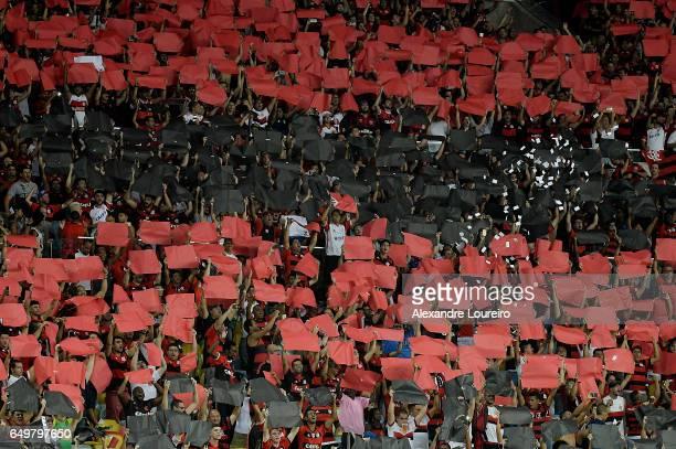 A general view of fans of Flamengo during the match between Flamengo and San Lorenzo as part of Copa Bridgestone Libertadores 2017 at Maracana...