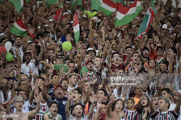 A general view of fans of Fluminense during the match between Fluminense and AtleticoPR as part of Brasileirao Series A 2016 at Maracana Stadium on...
