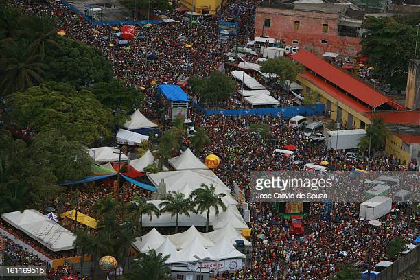 General view of Galo da Madrugada celebration on February 9 2013 in Recife Brazil Galo da Madrugada has the current Guinness World record of...