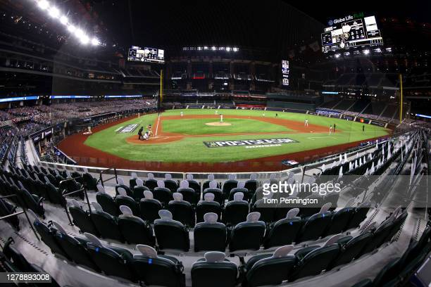 General view of Game One of the National League Divisional Series between the San Diego Padres and the Los Angeles Dodgers during the fourth inning...