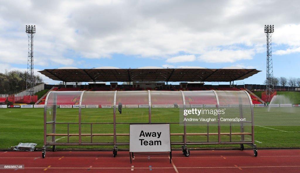 Gateshead v Lincoln City - Vanarama National League : News Photo