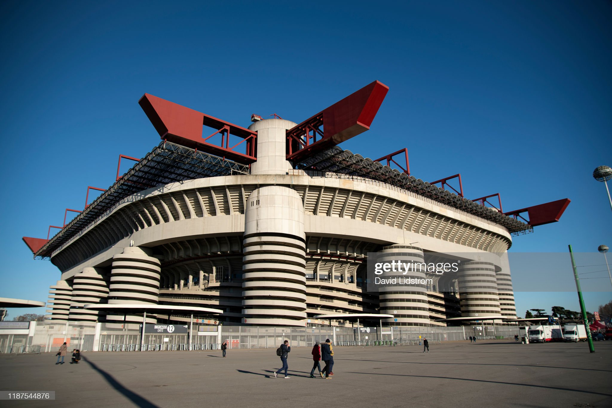 AC Milan v Udinese preview, prediction and odds