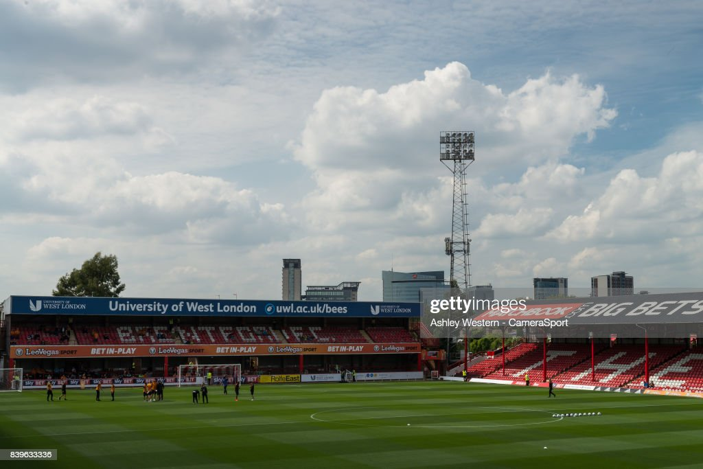 Brentford v Wolverhampton Wanderers - Sky Bet Championship : News Photo