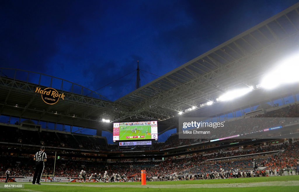 A general view of Hard Rock Stadium during a game between the Miami Hurricanes and the Syracuse Orange on October 21, 2017 in Miami Gardens, Florida.