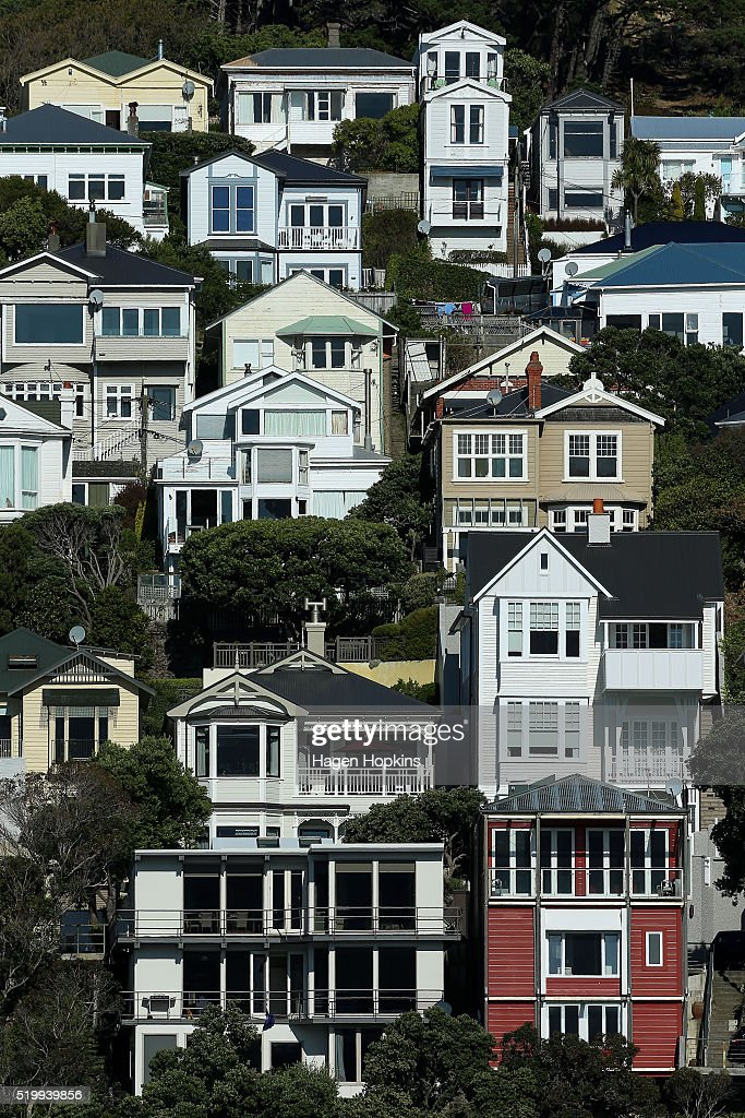 A general view of houses in Oriental Bay on April 9, 2016 in Wellington, New Zealand. Increased demand for property in Wellington has seen house prices increase by 7.5 per cent in the past year. The average value of a house in the Wellington region is now $491,236, up 3.1 per cent over the past three months.