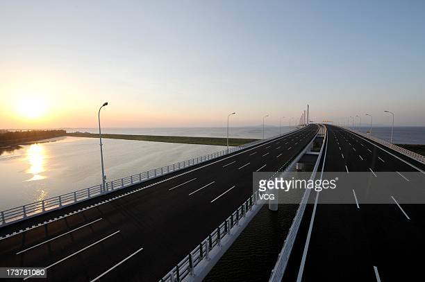 A general view of Jiashao CrossSea Bridge the second crosssea bridge in the Hangzhou Bay on July 17 2013 in Shaoxing China The bridge with a total...