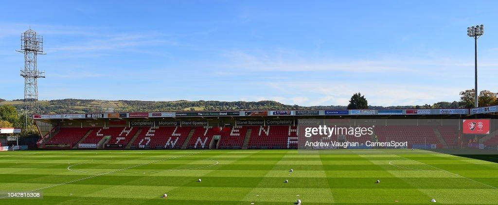 Cheltenham Town v Lincoln City - Sky Bet League Two : Fotografia de notícias