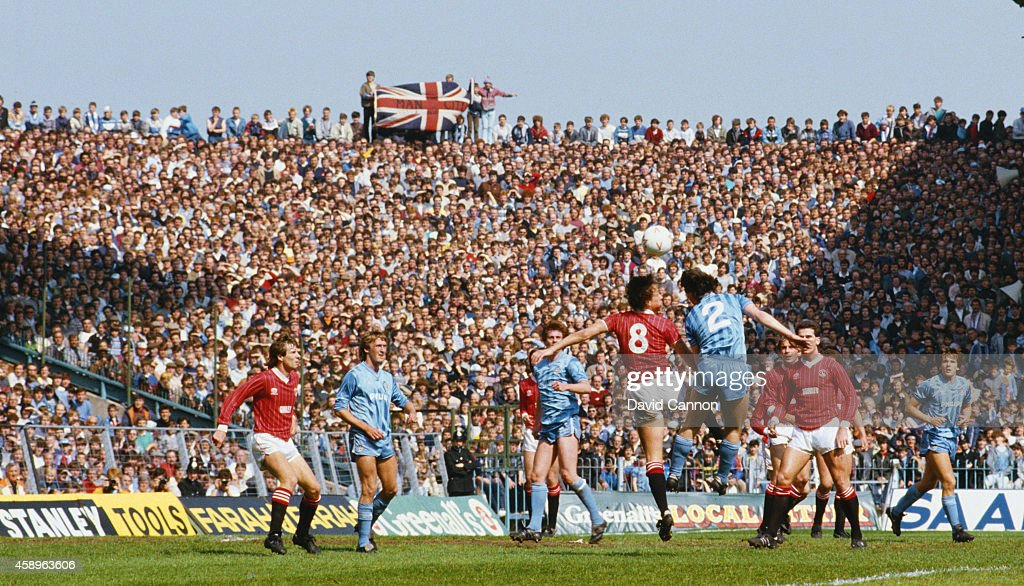 Maine Road : News Photo