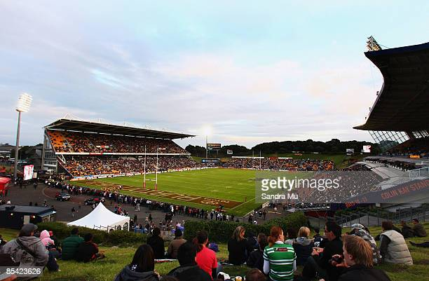 General view of Mt Smart Stadium before the round one NRL match between the Warriors and the Parramatta Eels at Mt Smart Stadium on March 14, 2009 in...